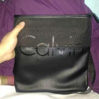 Calvin Klein Sling Bag  Modern Surplus Micro Flat Pack