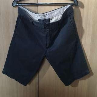 Giordano Size 32 Bermuda Shorts