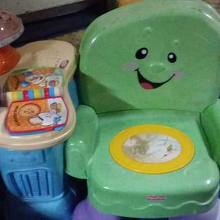 Fisher price kid chair with lamp n music