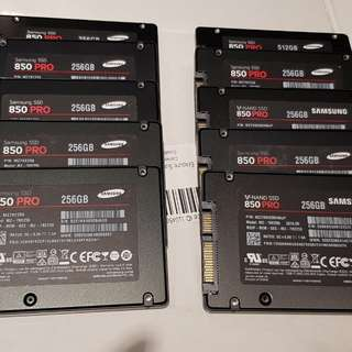 2.5 inch internal 256GB SSD ( used )