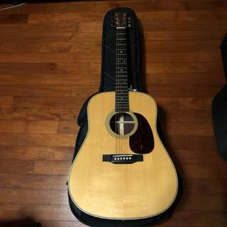 Martin D-28(2017) 1 mth old! With pickups!