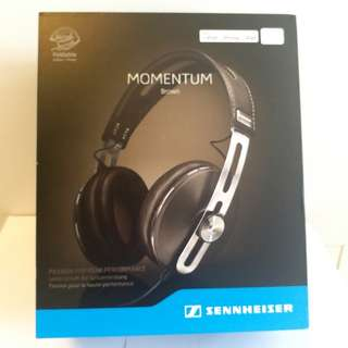 Sennheiser momentum over ear M2