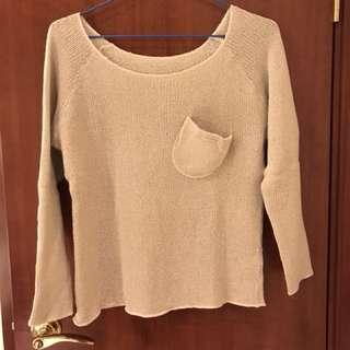 米色鬆身濶領冷衫