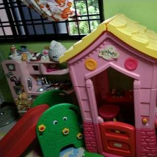 Little tikes Lalaloopsy playhouse & slide