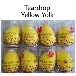 Beauty Blender (Teardrop Yellow Yolk)