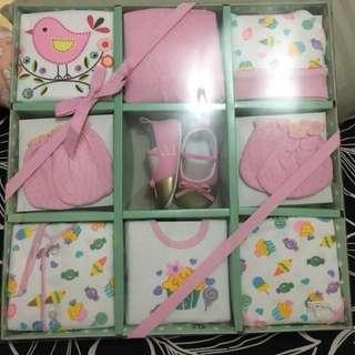 Gift set / baju baby pink