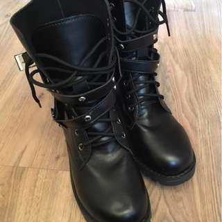Boots Street Style/Rock Chic Size 8/ Used Once