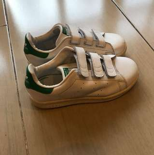 Adidas stan smith size 33