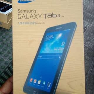 Samsung galaxy tab 3 lite 100% brand new