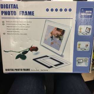 Digital photo frame 電子相架