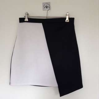 Asymmetrical Missguided Black And White Skirt Size 10