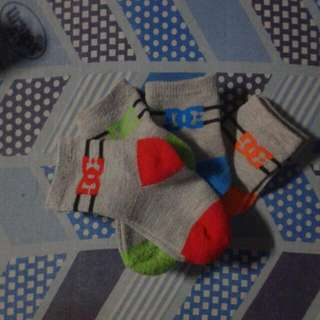 DC Infant Socks 4pairs (6-9mos)