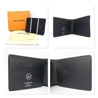 a6a9aaf7787d BNIB Limited Edition LV Multiple Wallet