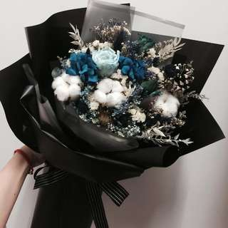 Preserve Rose &Hydrangea with dry flower Bouquet