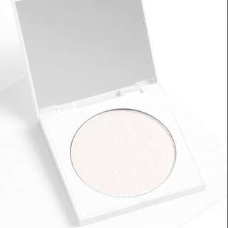 [INSTOCK💓] COLOURPOP S'IL VOUS PLAY PRESSED POWDER FACE HIGHLIGHTER
