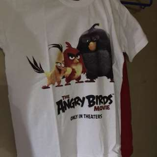 1x The Angry Birds T-Shirt Medium Size For $20 !