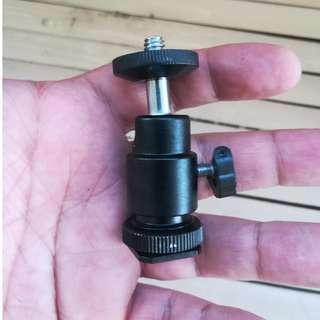 Hot Shoe Adapter mount for dslr flash