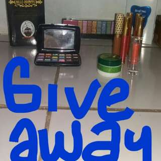 Give away yuk ikutan