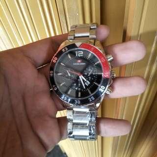 Jam tangan Swiss Army body red black