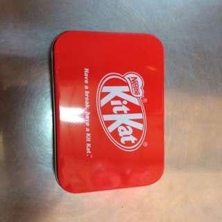 KitKat vintage tin
