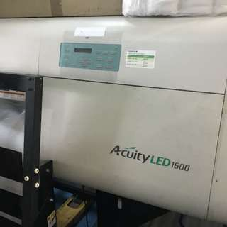 Acuity Led 1600 Fuji film large format printing machine