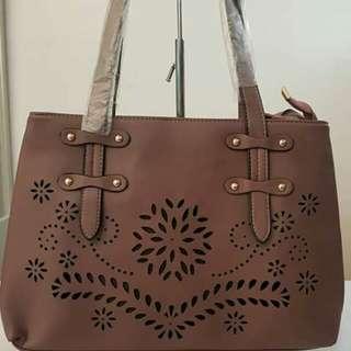 Shoulder Bag (2 zipper lock w/ sling strap)