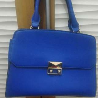 Sale: Charles & Keith