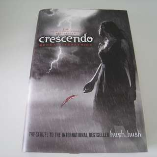 The Hush Hush Series Book 2; Crescendo (Hardcover/Free Postage/Brands New)