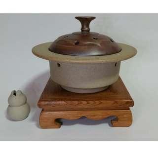 Ceramic Incense Burner w/Base Stand 陶瓷盘香爐(粗面)+木底座