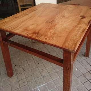 古早牛樟木八仙桌