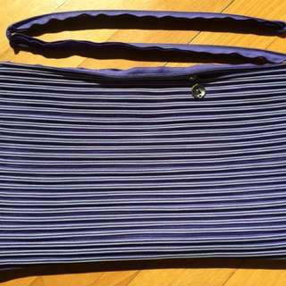 "Brand new Zipit Laptop Sleeve 15""4"