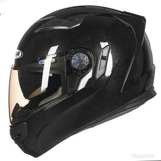 Z Race series model Gloss black helmet