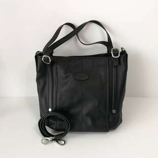 Authentic Tods G Line Medium Black Full Leather with Strap