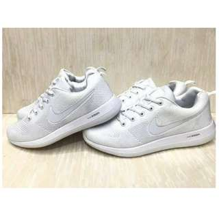 Nike Zoom All White with box ♥