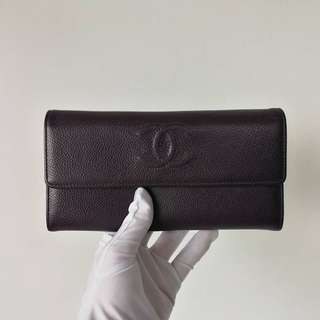 Excellent Like New Chanel Timeless Sarah Wallet Dark Purple Caviar (Very Close to Black) series 17