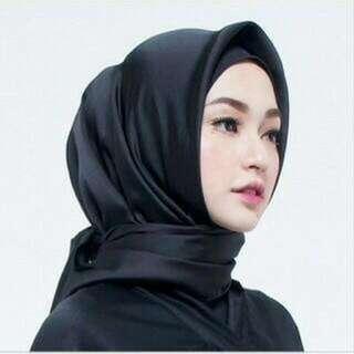 Jilbab Satin Kerudung Segiempat