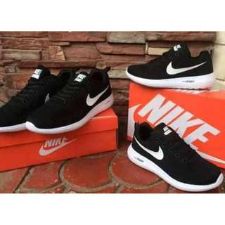 Nike Zoom Black and White with box ♥