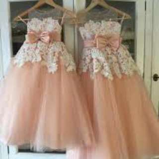 Gaun Anak Peach