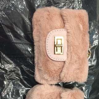 迷你粉紅包包