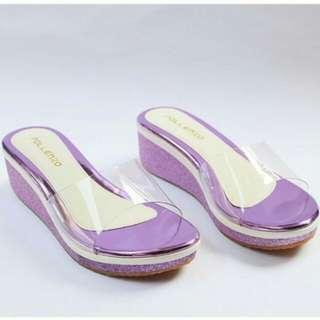 Wedges wanita ungu