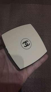 Chanel Le Beige Case