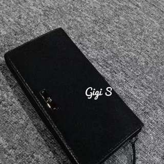 Gucci zip wallet