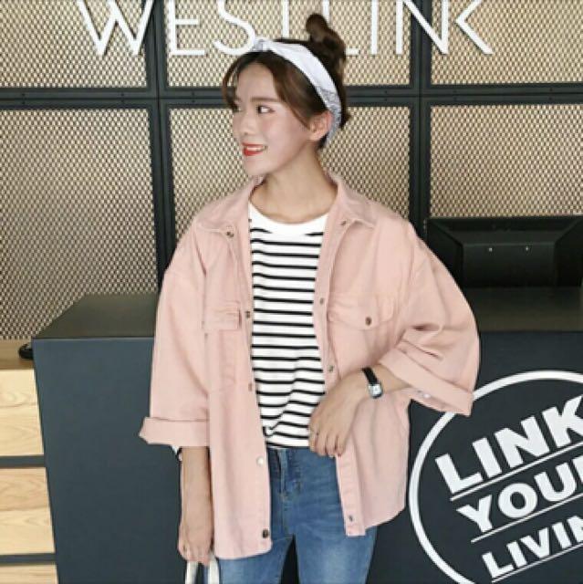 粉色寬鬆外套