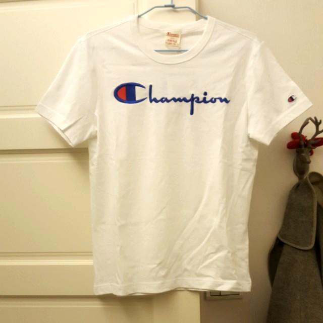 【全新】 國外帶回 Champion 白色草寫短T Small