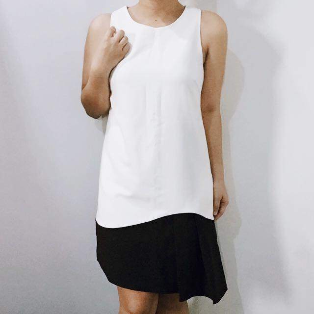 Assymmetrical Dress (S-M)