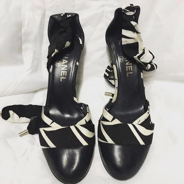 AUTHENTIC CHANEL LACEUP HEEL SHOES PUMPS