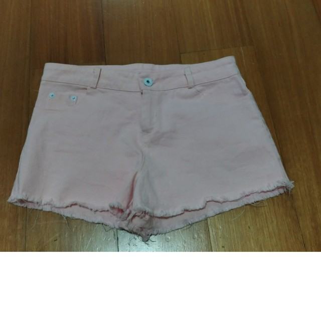 #awaltahun celana pendek