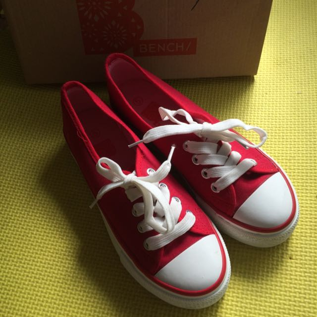 BENCH RED SNEAKERS