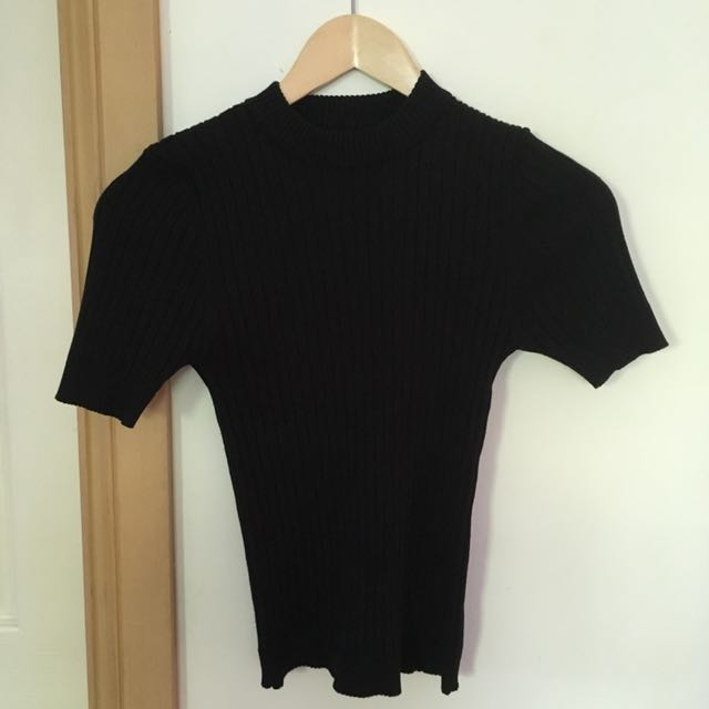 Black rib knit tight fitting top