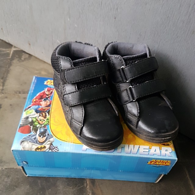 Boots Justice League size 28 (lokal size 30)